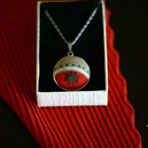 Медальон от тестил